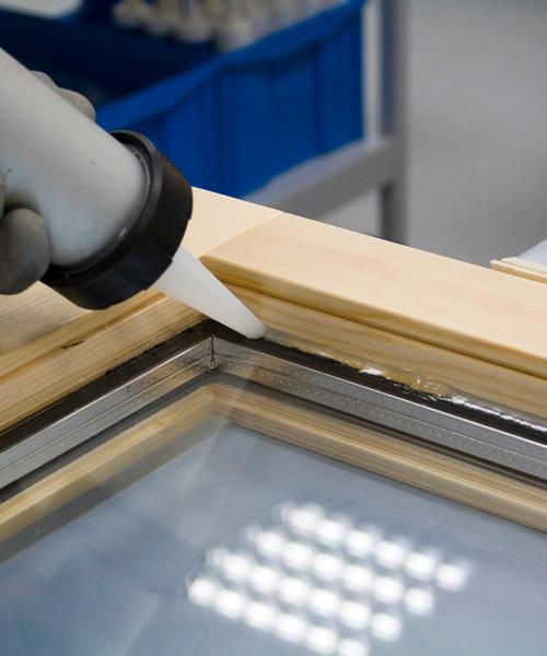 Glasleistenfüller für Holzfenster und Holz‑Alufenster