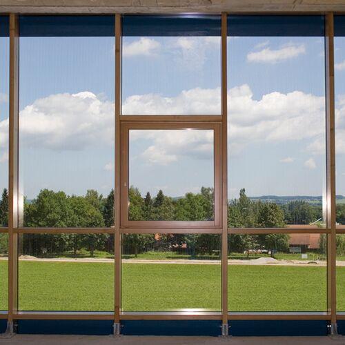 Voller Durchblick Nur Die Pfosten Riegel Konstruktion Und Der Fensterrahmen Sind Sichtbar
